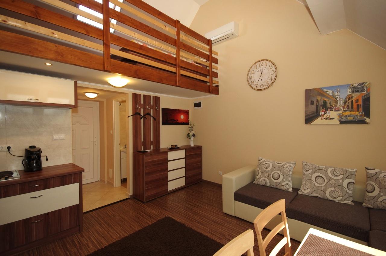 gyula-brill-apartman-gyemant-apartmanhaz-kep11