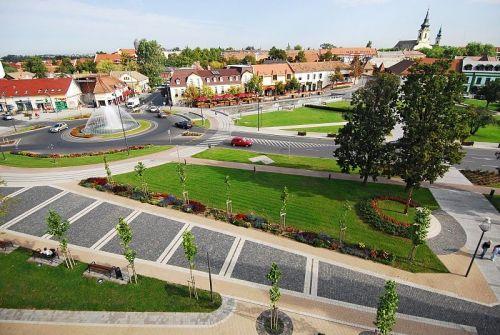 Brill apartman - Gyula város látnivalók - Kossuth tér