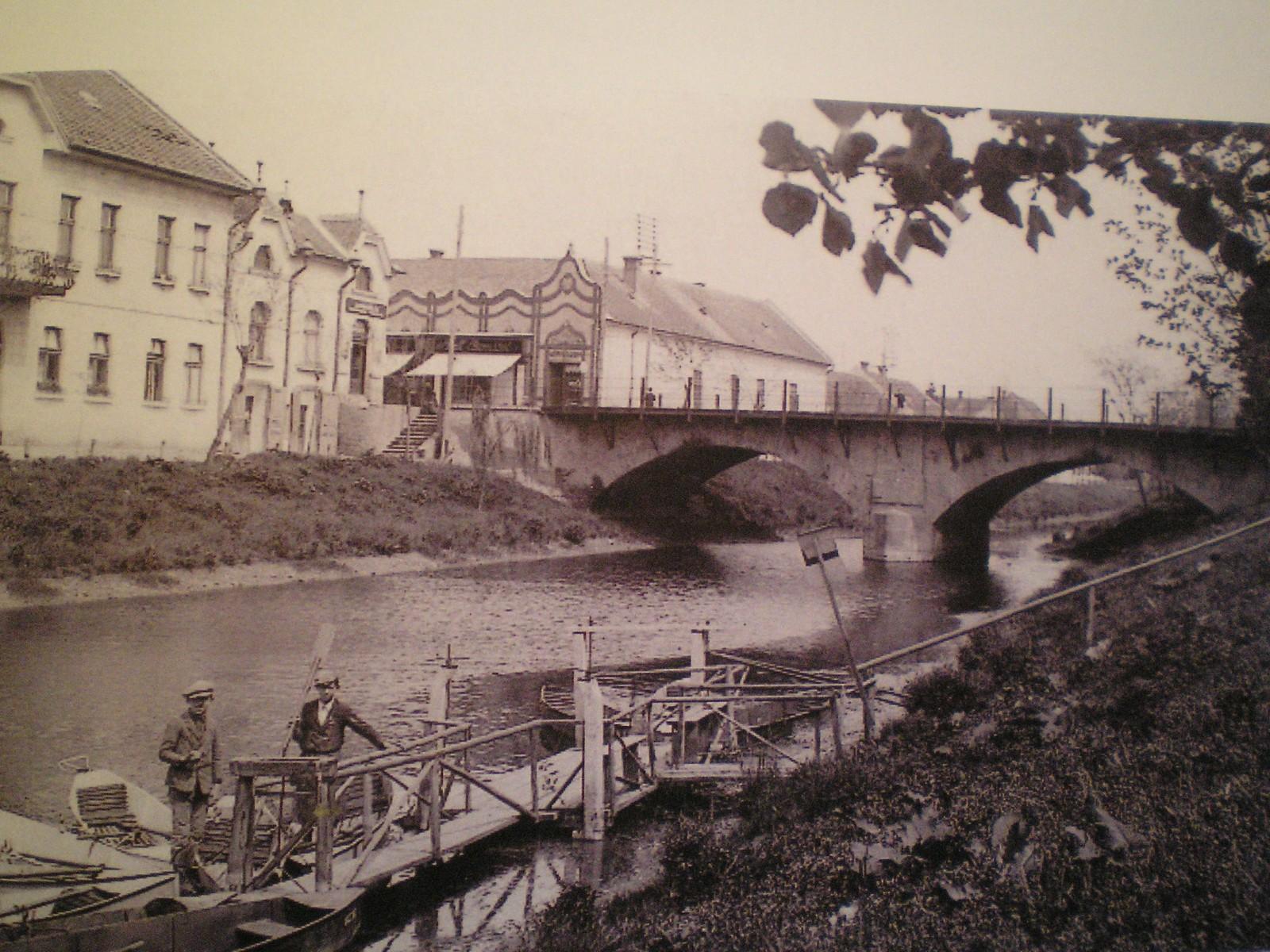 gyula-eloviz-csatorna-belvaros-regen