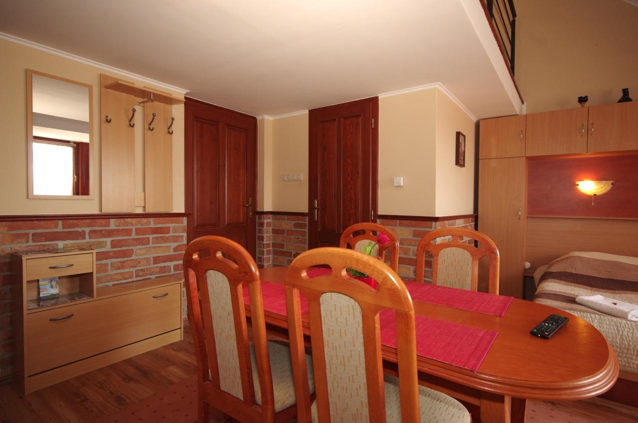 gyula-brill-apartman-rubin-apartmanhaz-kep7